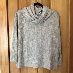 Anthropologie XS cream sweater